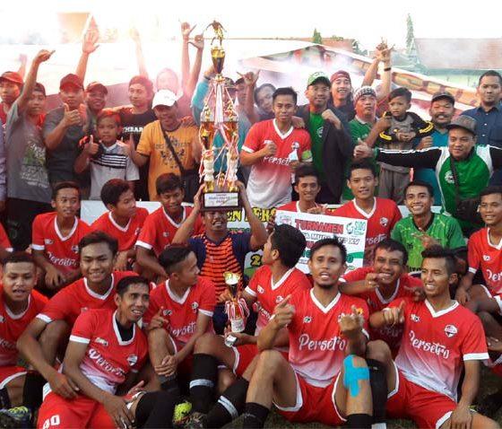 Persetro Tropodo Boyong Piala Gus Muhdlor 2019