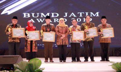 BPR Delta Artha Sidoarjo Raih Penghargaan Kategori BPR BUMD Terbaik se Jatim
