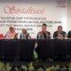 SOSIALISASI - Ketua KPU Sidoarjo, M Iskak menggelar sosialisasi tahapan dan persyaratan pencalonan perseorangan dalam Pemilihan Bupati dan Wakil Bupati Sidoarjo Tahun 2020 di Hotel Luminor, Sidoarjo, Kamis (19/12/2019) sore