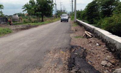 Jebol, ruas jalan Barengkrajan yang diperbaiki akhir Desember 2019. (par)