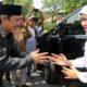 Gubernur Jatim Gelontor Beras dan Gula Murah di Pasar Tanggulangin