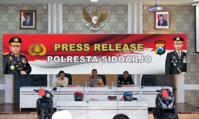 EVALUASI - Kapolresta Sidoarjo, Kombes Pol Zain Dwi Nugroho menganalisa dan mengevaluasi perkara selama Tahun 2019 kemarin