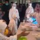 Ratusan Jamaah Tarawih Masjid Al Ikhlas Bluru Permai Sidoarjo, saat menjalani Rapid Test