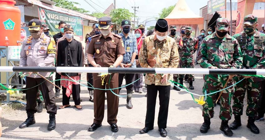 Kuatkan Sinergitas Warga, TNI-Polri Apresiasi Kampung Tangguh Semampir Krian
