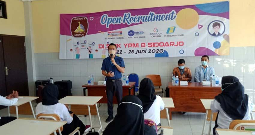 Tujuh Perusahaan Besar Gelar Penerimaan Karyawan Baru di SMK YPM 8 Sidoarjo